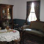 Parlor_Julee_Cottage